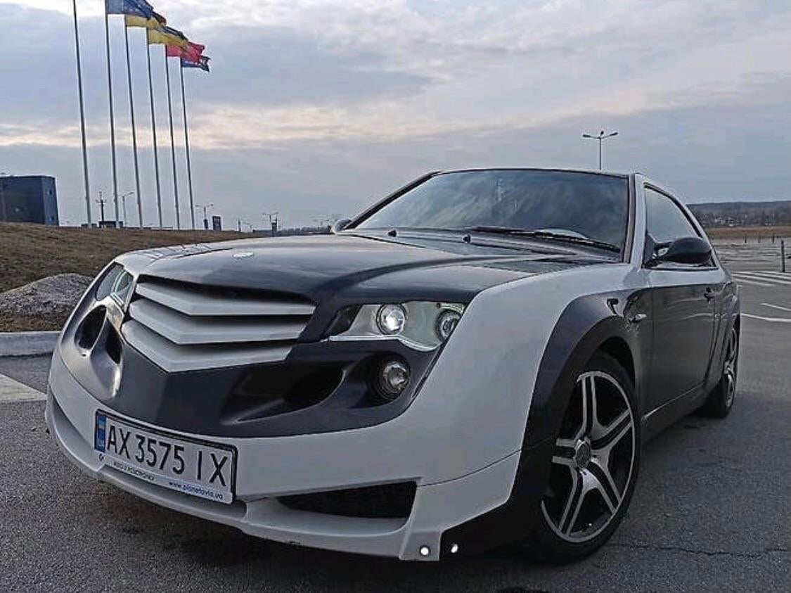 Украинец превратил свой Mercedes в необычную машину