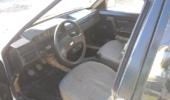 На продажу выставили уникальный Москвич с двигателем Ford