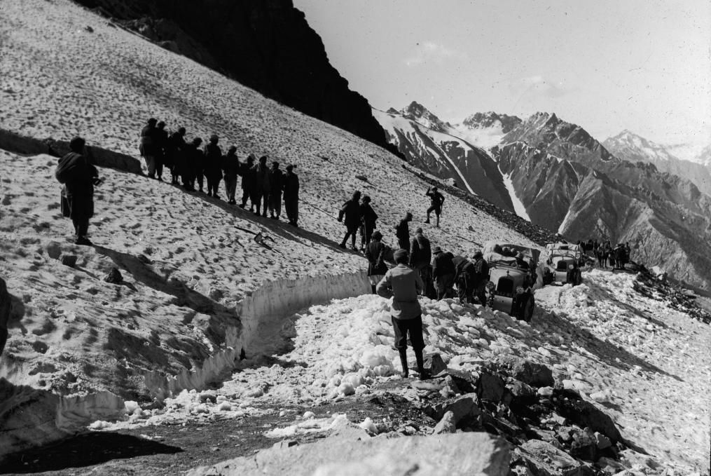Как на вездеходах Сitroen-Kegresse покоряли Азию